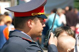 Сотрудники полиции Солнечногорского района обеспечивают общественную безопасность в период проведения «Последних звонков»
